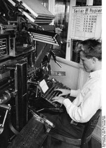 256px-Bundesarchiv_B_145_Bild-F011578-0010,_Boppard,_Druckerei
